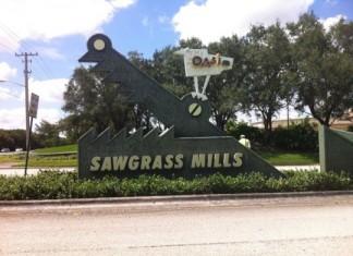 Sawgrass Mills Mall By Beto B. (4 square)